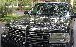 Lincoln NavigatorL-Full-Size Luxury SUV